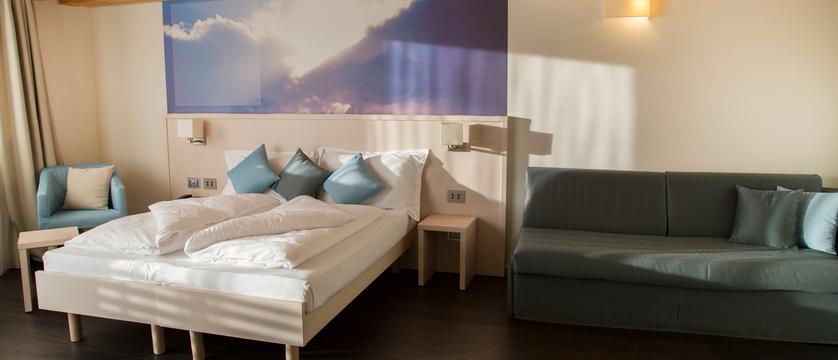 blu-hotel-natura-spa-junior-suite.jpg